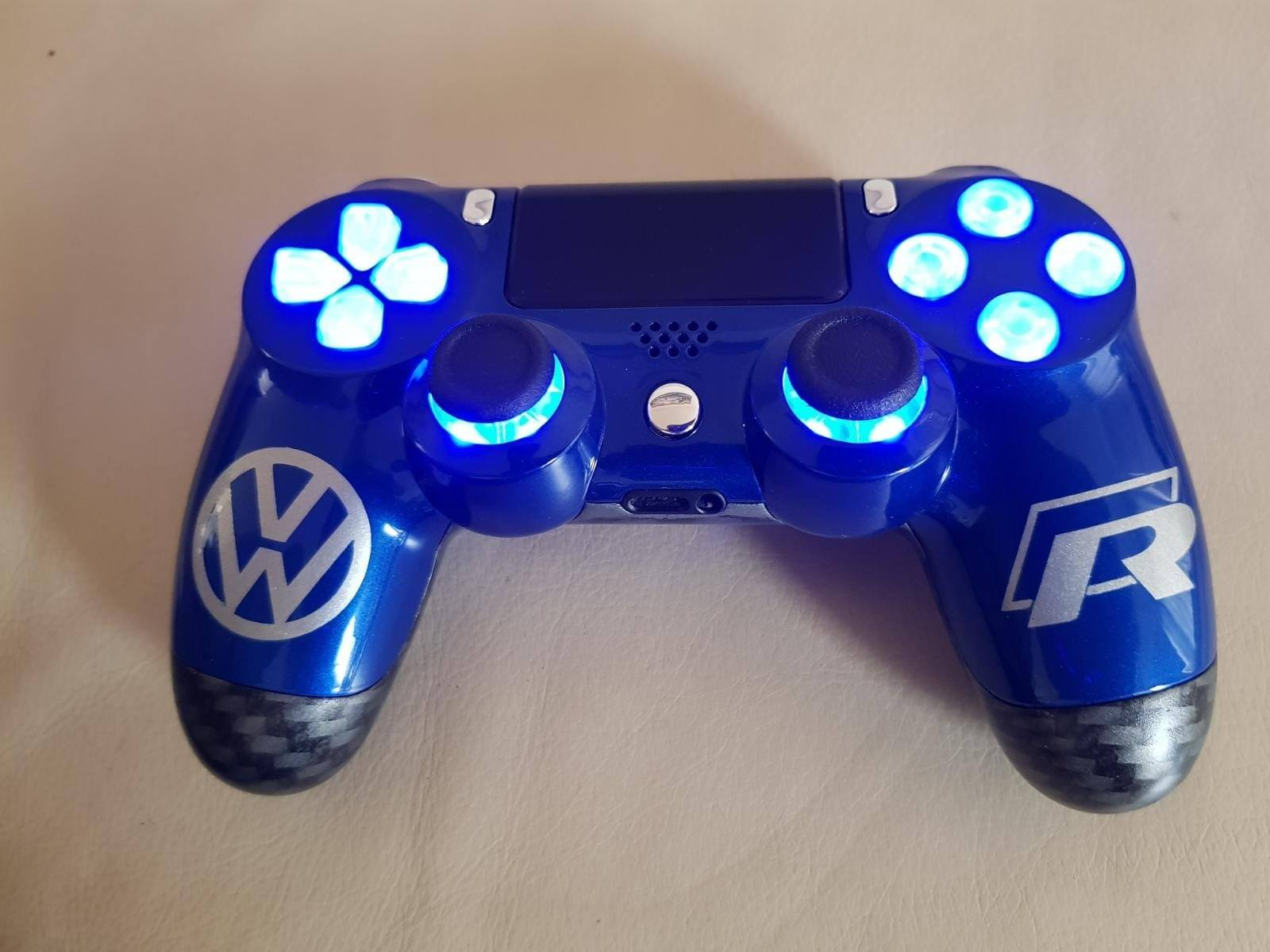 ps4 controller custom vw volkswagen golf 7 R gaming www.fsb-dip.nl hydrodipping
