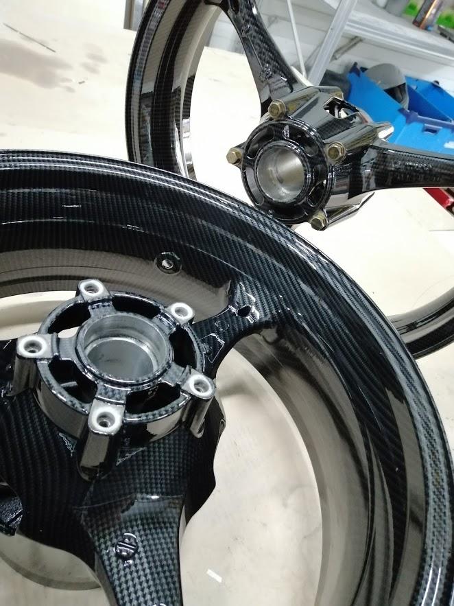 suzuki gsxr 1000 velgen carbon hydrodip