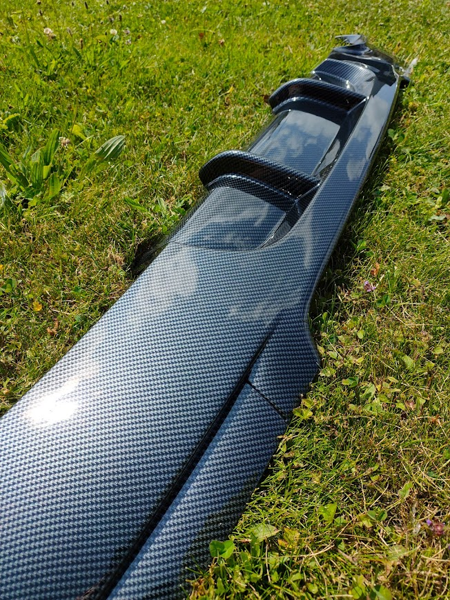 BMW Diffuser Carbon